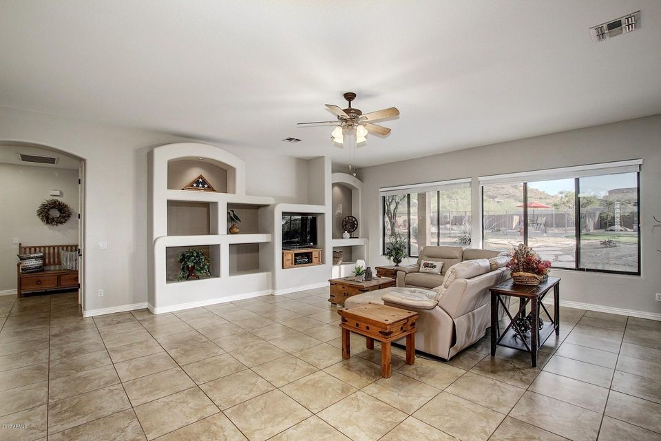 13 E SAGEBRUSH Drive Phoenix, AZ 85085 - MLS #: 5687097