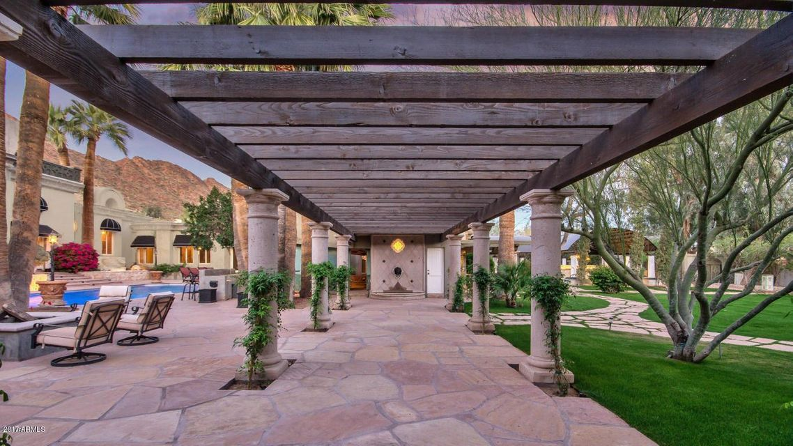MLS 5672123 5333 E PALOMINO Road, Phoenix, AZ 85018 Phoenix AZ Private Pool