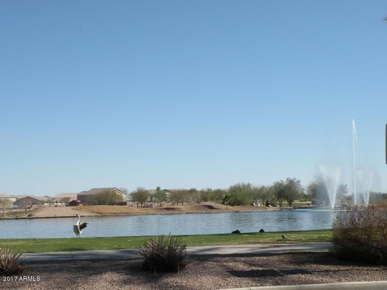 MLS 5687979 41932 W SUNLAND Drive, Maricopa, AZ Maricopa AZ Golf