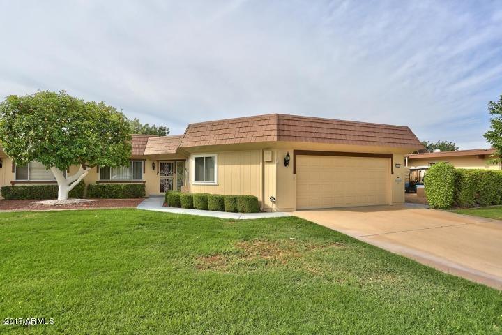 Photo of 10533 W PINEAIRE Drive, Sun City, AZ 85351