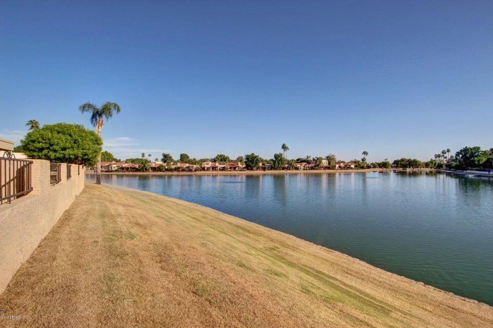 MLS 5688316 8175 E DEL CUARZO Drive, Scottsdale, AZ Scottsdale AZ Waterfront