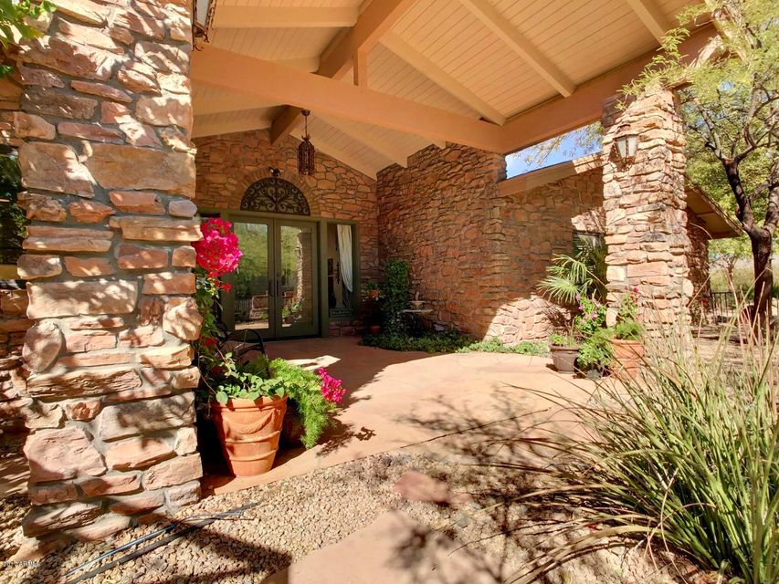 39042 N SCHOOL HOUSE Road, Cave Creek Two Story for Sale