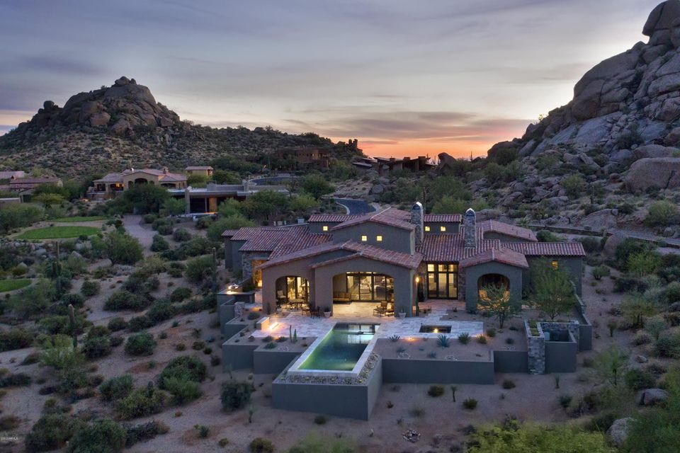 Photo of 10489 E GREYTHORN Drive, Scottsdale, AZ 85262