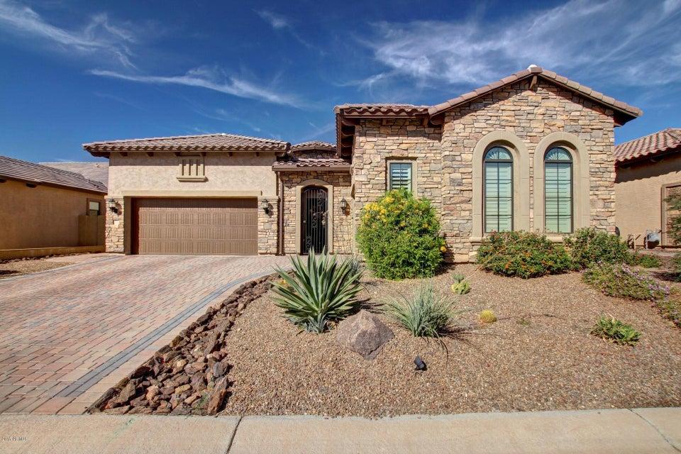 Photo of 2028 N STEELE Circle, Mesa, AZ 85207