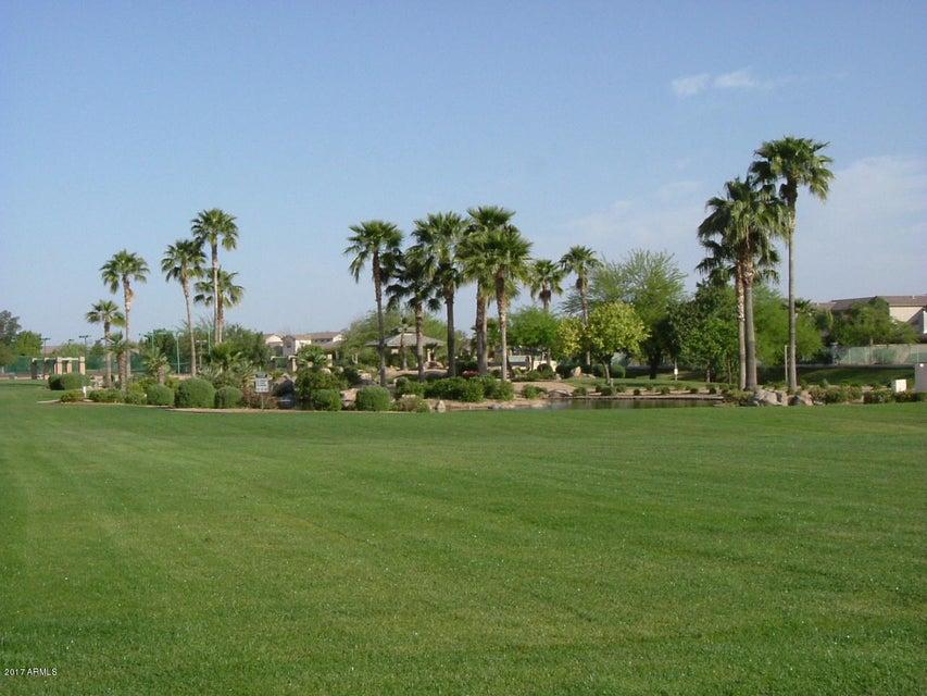 MLS 5689689 14927 W EVENING STAR Trail, Surprise, AZ 85374 Surprise AZ Kingswood Park
