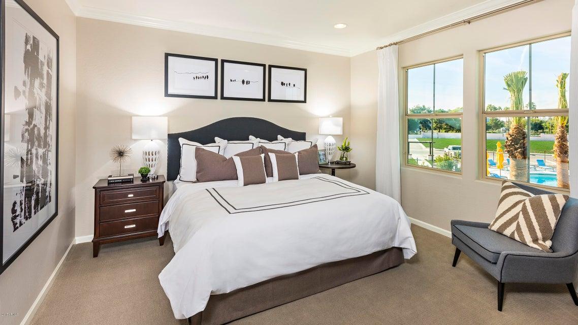 2477 W MARKET Place Unit 12 Chandler, AZ 85248 - MLS #: 5689886