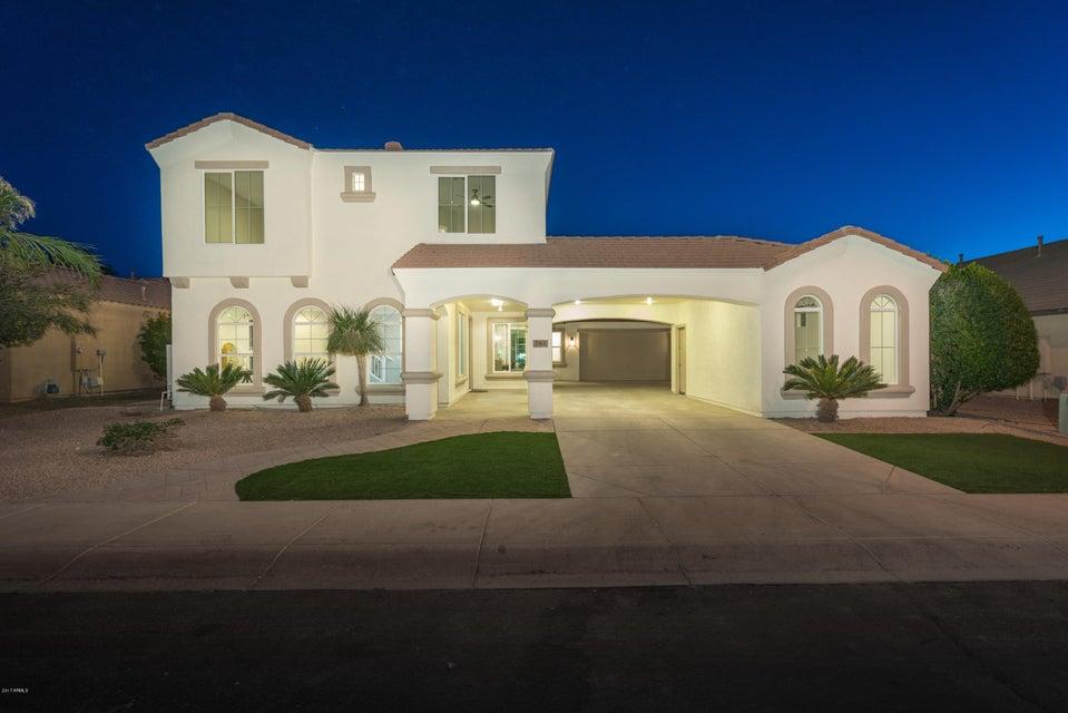Photo of 781 E TONTO Drive, Chandler, AZ 85249