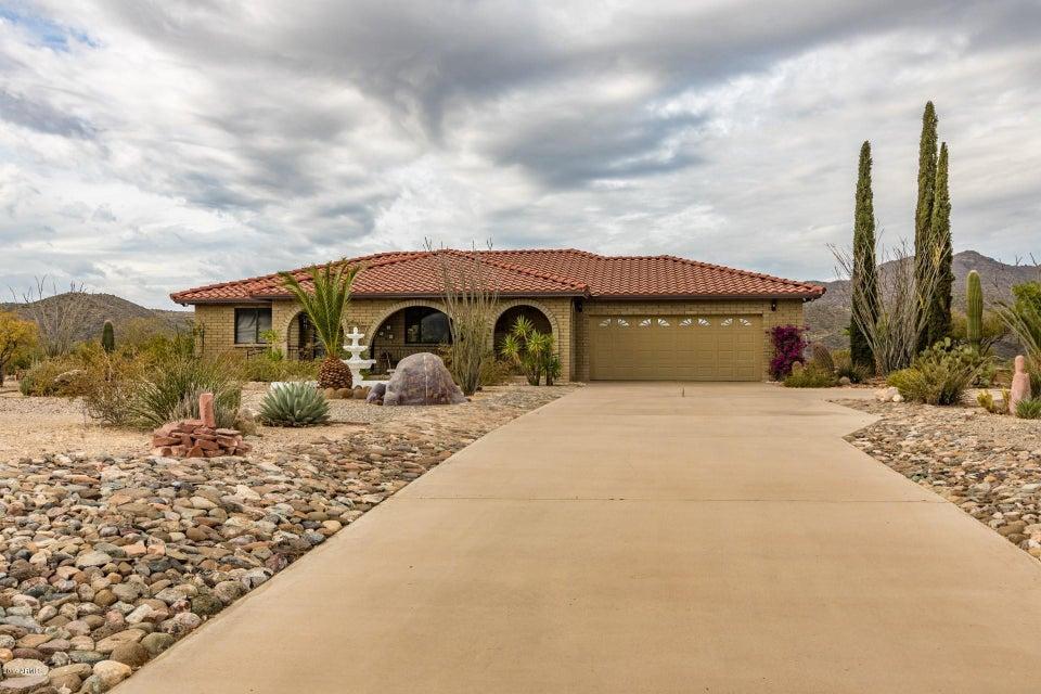 35190 S April Dr, Black Canyon City, AZ 85324
