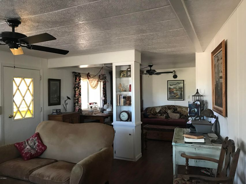 42422 N U.S. Hwy 60 89 Morristown, AZ 85342 - MLS #: 5690350