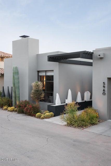 5960 N ECHO CANYON Drive, Phoenix AZ 85018