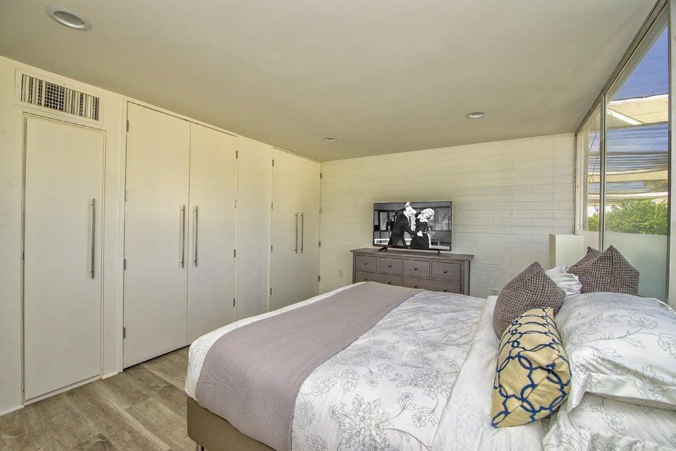 4401 N 40TH Street Unit 18 Phoenix, AZ 85018 - MLS #: 5690595