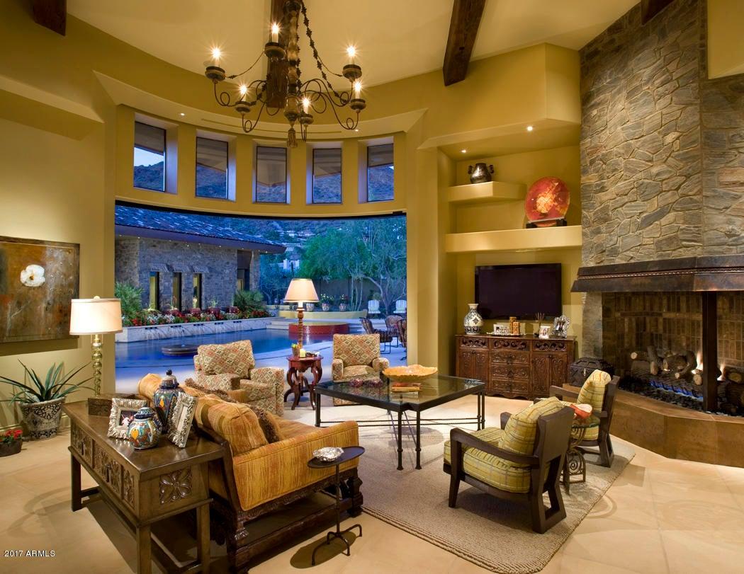 Additional photo for property listing at 5144 E Palomino Road 5144 E Palomino Road Phoenix, Arizona,85018 Verenigde Staten