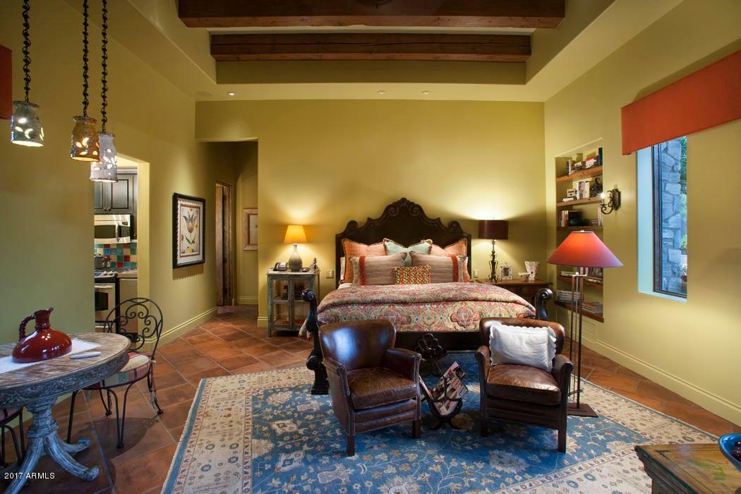 Additional photo for property listing at 5144 E Palomino Road 5144 E Palomino Road Phoenix, アリゾナ,85018 アメリカ合衆国
