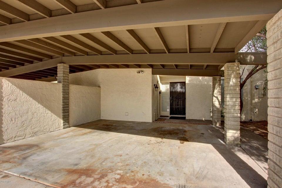 Photo of 18 W CASA HERMOSA Drive, Phoenix, AZ 85021