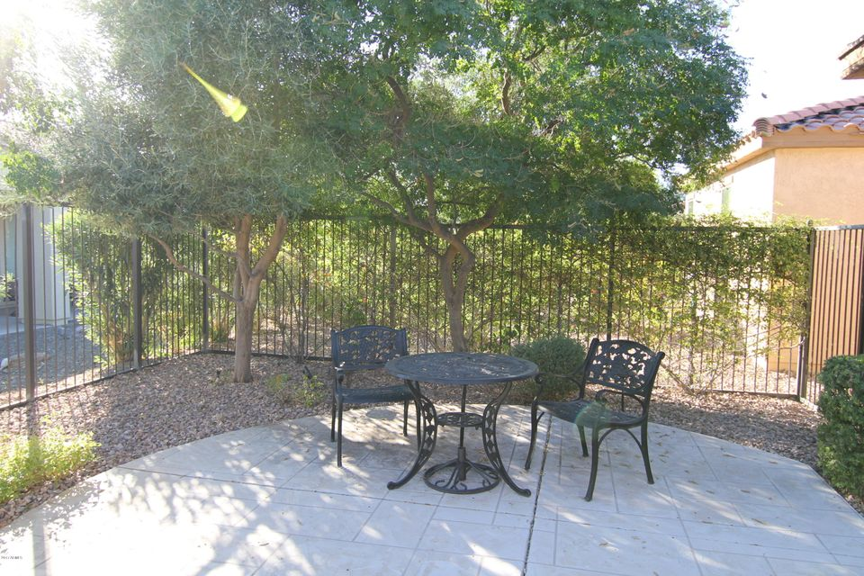 12401 W HEDGE HOG Place Peoria, AZ 85383 - MLS #: 5691938