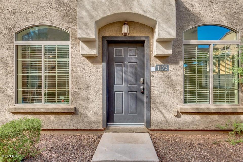 Photo of 2725 E MINE CREEK Road #1173, Phoenix, AZ 85024