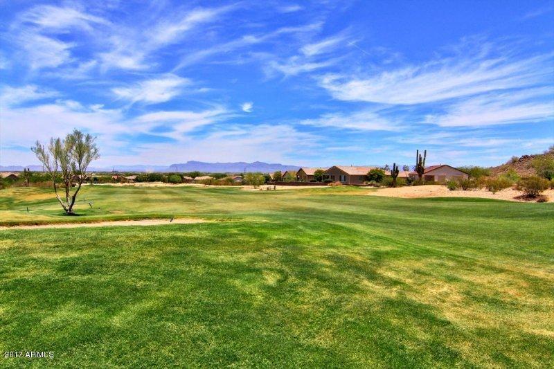 MLS 5692474 1213 W CUTLEAF Circle, San Tan Valley, AZ 85143 San Tan Valley AZ Johnson Ranch