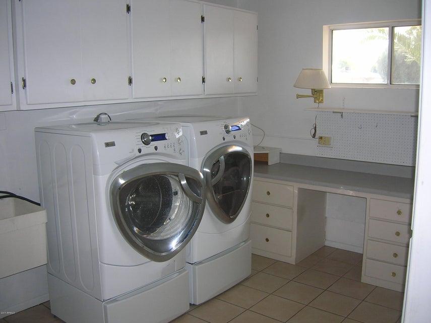 MLS 5692352 701 N 57TH Place, Mesa, AZ 85205 Mesa AZ Dreamland Villa