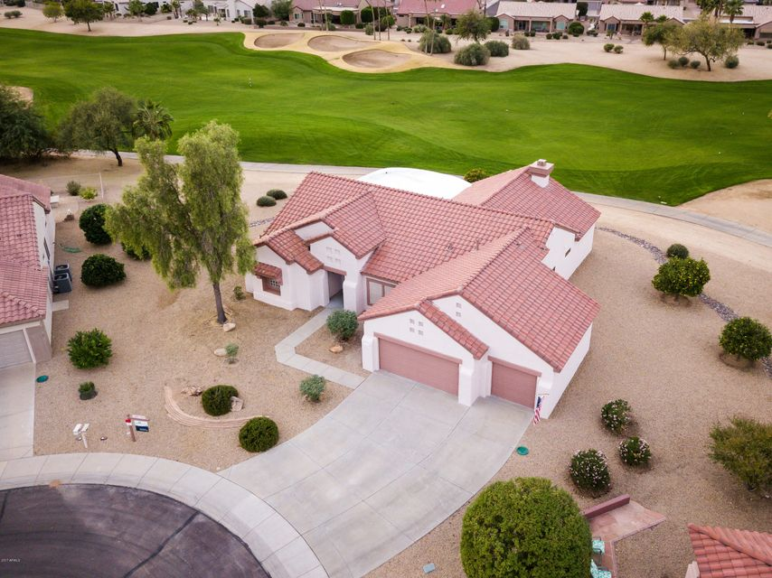 Photo of 20418 N FOUNTAIN CREST Court, Surprise, AZ 85374