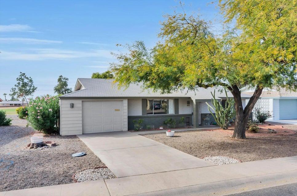 Photo of 10741 W HOPE Drive, Sun City, AZ 85351