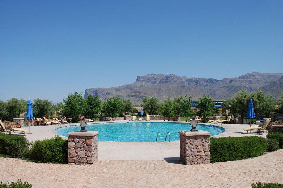 MLS 5694259 6250 E FLAT IRON Loop, Gold Canyon, AZ Gold Canyon AZ Luxury