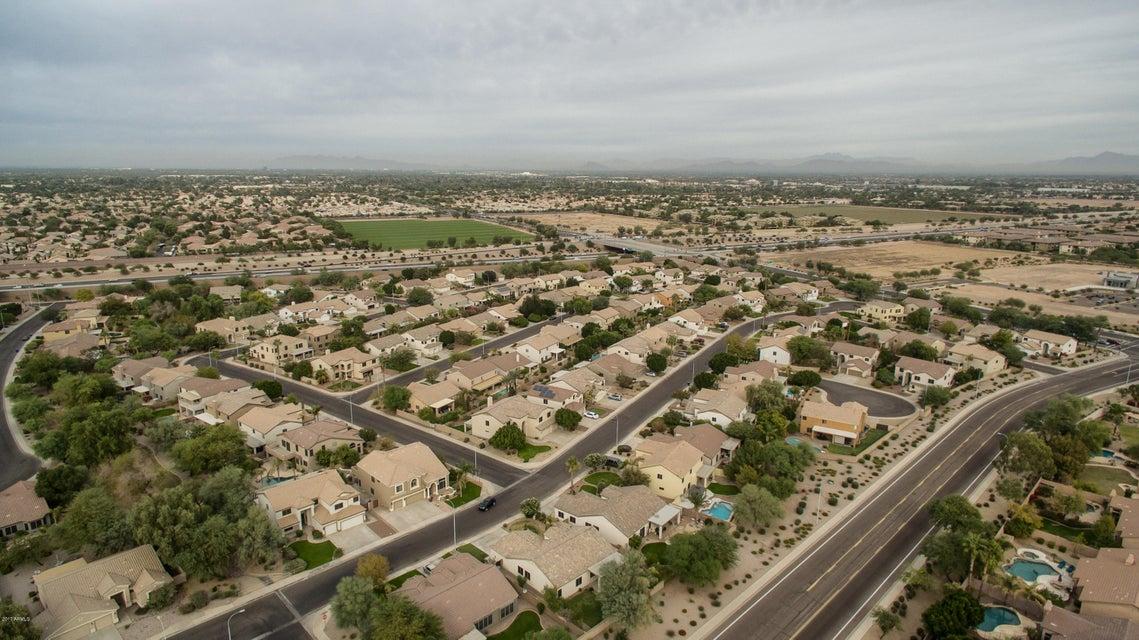 MLS 5692962 1162 W MAPLEWOOD Court, Chandler, AZ 3+ Car Garage