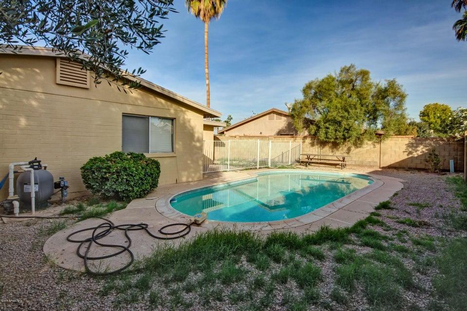 MLS 5695184 6113 N 71ST Lane, Glendale, AZ Glendale AZ Private Pool