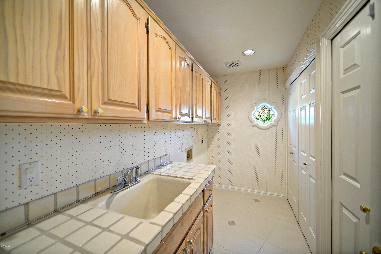 MLS 5695361 10401 N 100TH Street Unit 2, Scottsdale, AZ 85258 Scottsdale AZ Scottsdale Ranch