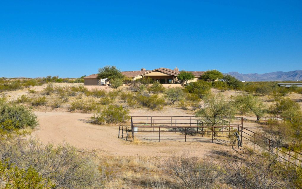 MLS 5690482 20920 W LAZY RANCH Road, Wickenburg, AZ Wickenburg AZ Luxury