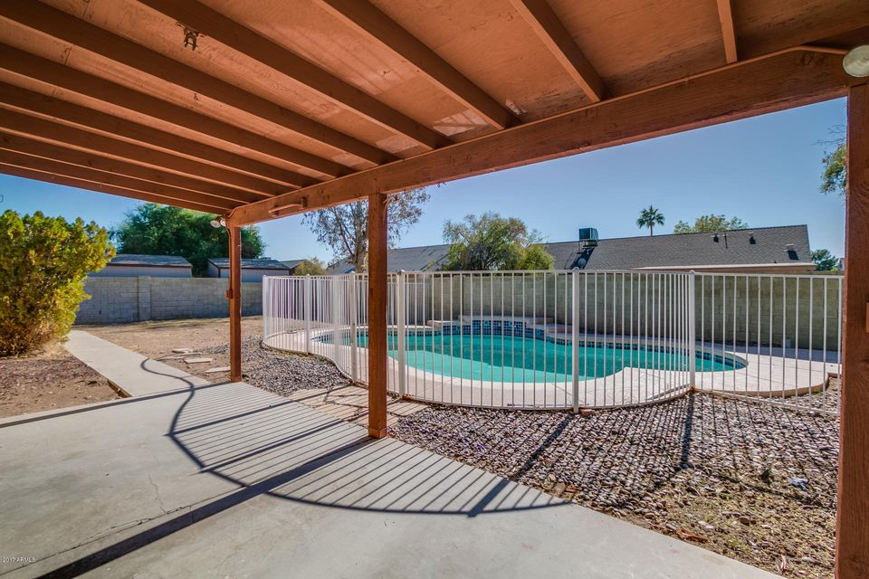 MLS 5697464 8715 W LAWRENCE Lane, Peoria, AZ Peoria AZ Private Pool