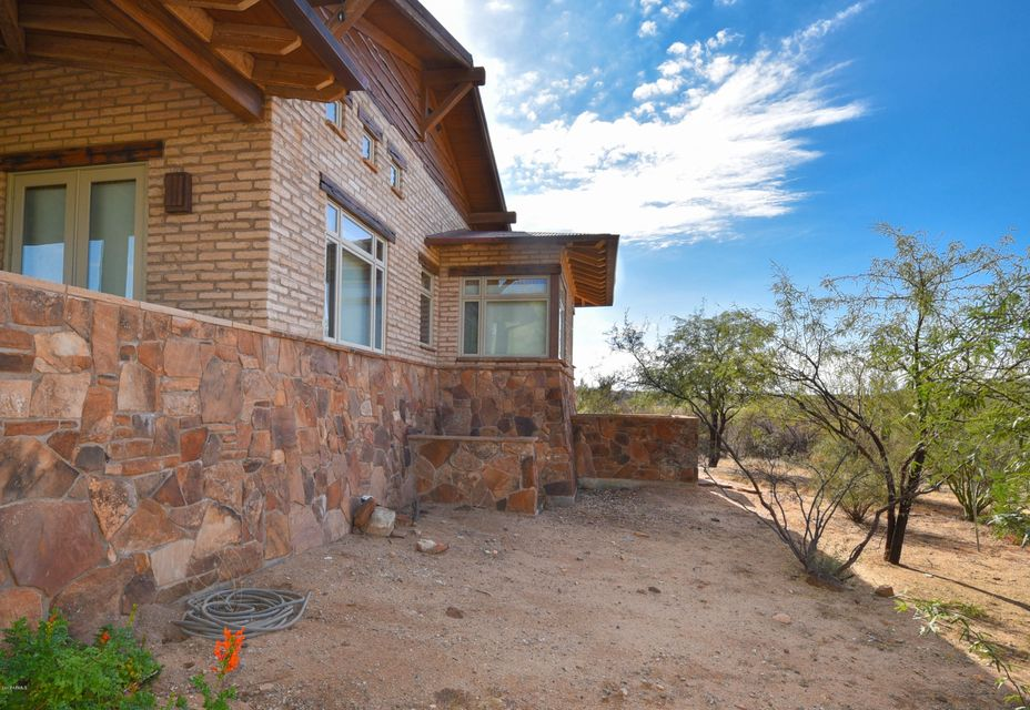 MLS 5696887 20555 W Coyote Gulch Road, Wickenburg, AZ Wickenburg AZ Equestrian