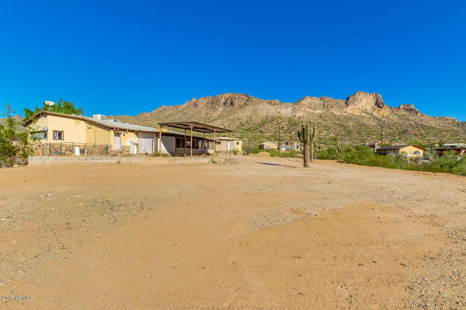 MLS 5697061 1860 W TONTO Street, Apache Junction, AZ 85120 Apache Junction AZ Manufactured Mobile Home