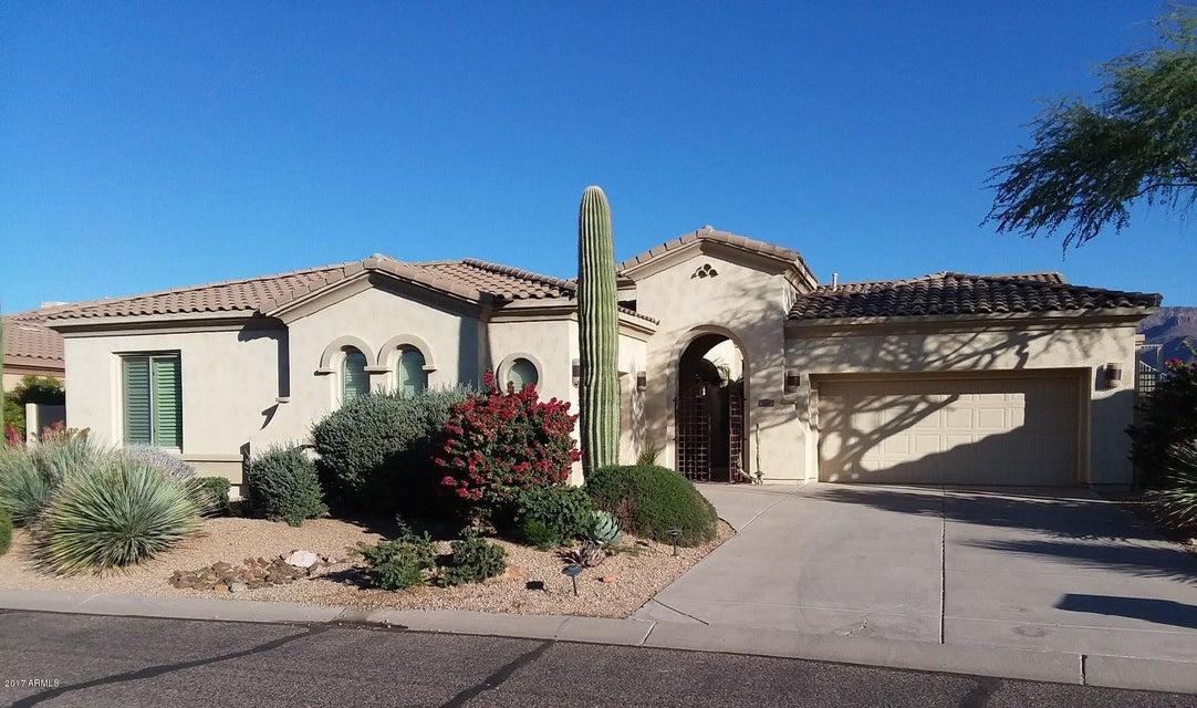 Photo of 7454 E CLIFF ROSE Trail, Gold Canyon, AZ 85118