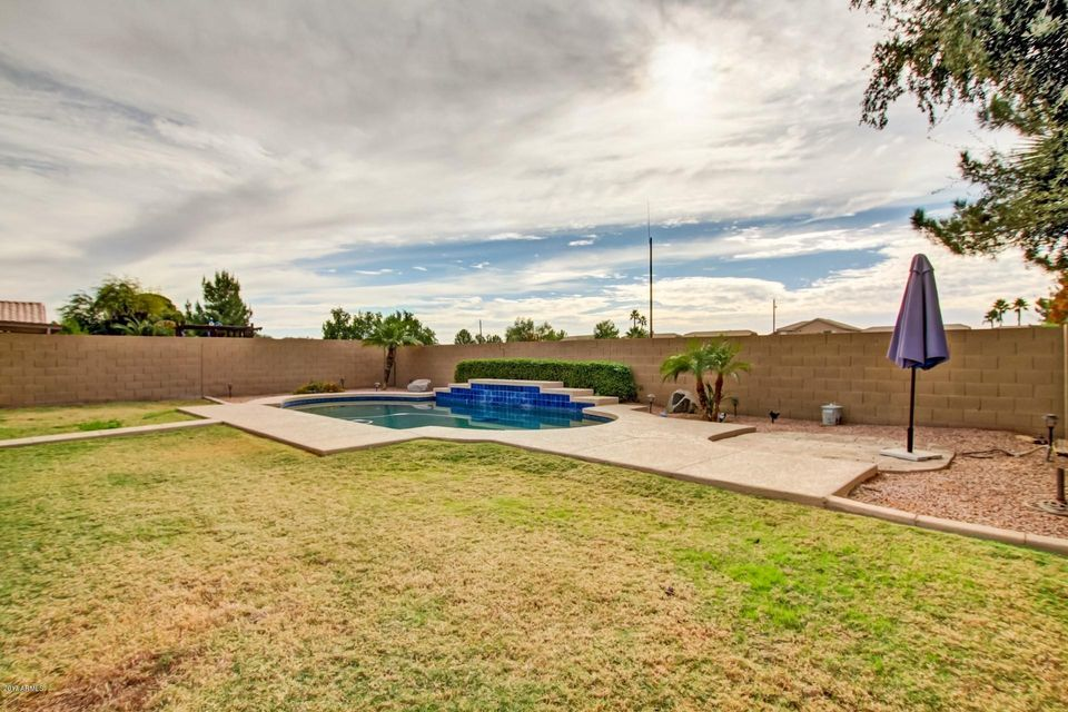 MLS 5698091 2323 E MANOR Drive, Gilbert, AZ Gilbert AZ Private Pool
