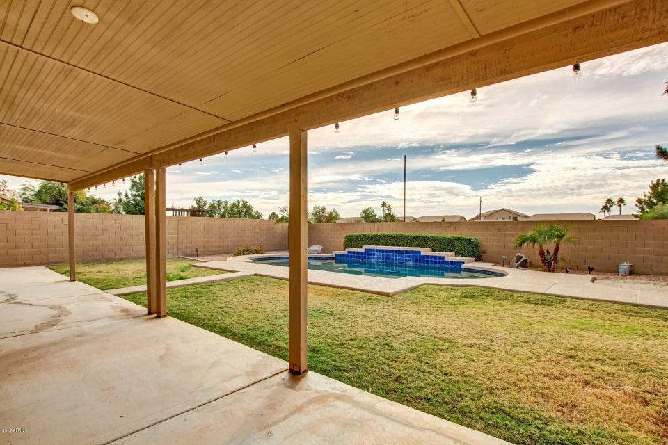 MLS 5698091 2323 E MANOR Drive, Gilbert, AZ 85296 Gilbert AZ Private Pool