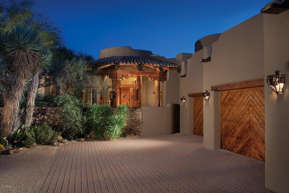 Photo of 8400 E DIXILETA Drive #145, Scottsdale, AZ 85266