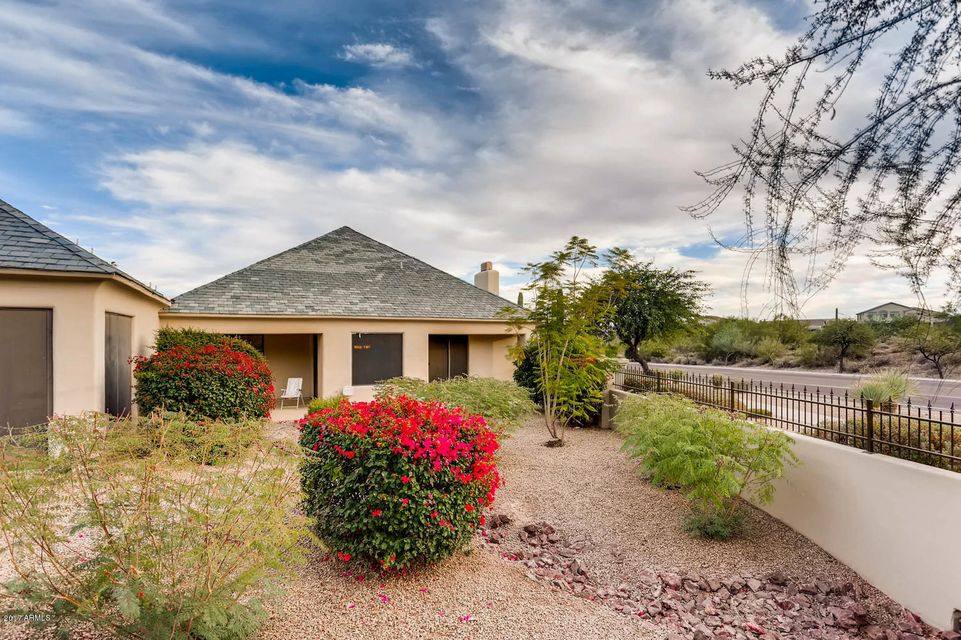 MLS 5698395 16540 E EL LAGO Boulevard Unit 3, Fountain Hills, AZ Fountain Hills AZ Gated