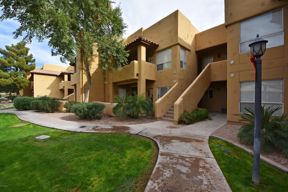 Photo of 1825 W RAY Road #1030, Chandler, AZ 85224
