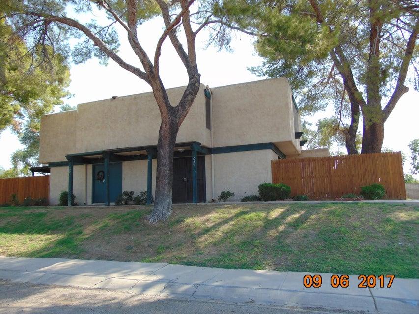 Photo of 5907 W GOLDEN Lane, Glendale, AZ 85302