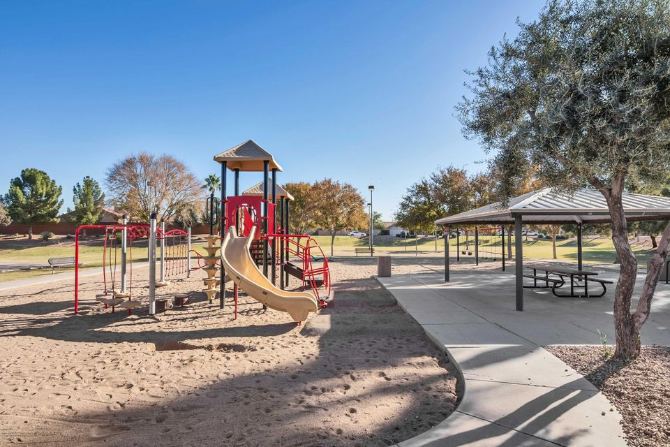 MLS 5699485 8122 W PRESTON Lane, Phoenix, AZ 85043 Phoenix AZ Sundance Ranch