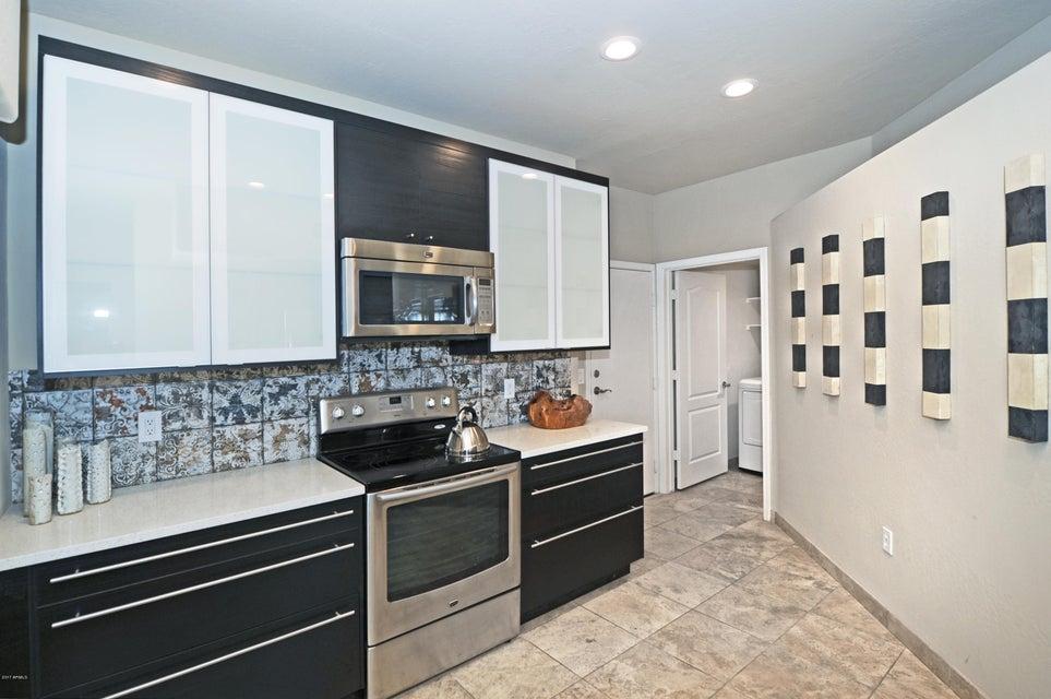 Photo of 1747 E NORTHERN Avenue #158, Phoenix, AZ 85020