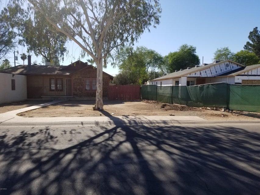 MLS 5699673 2215 W HIGHLAND Avenue, Phoenix, AZ Phoenix AZ Equestrian