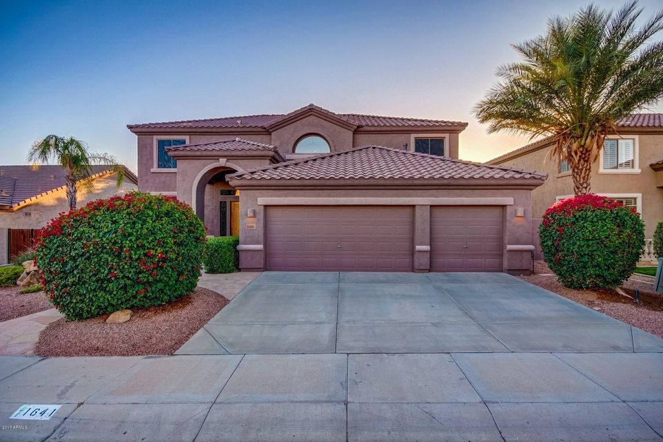 Photo of 1641 W Frye Road, Phoenix, AZ 85045