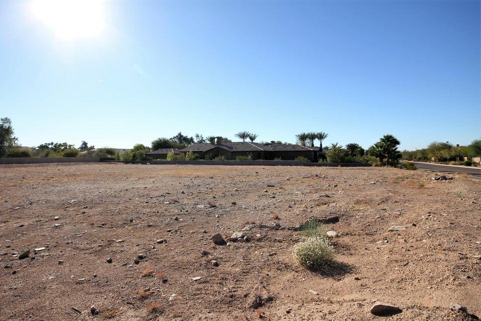 Photo of 11659 E COCHISE Drive, Scottsdale, AZ 85259