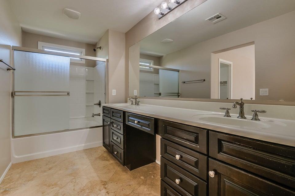 MLS 5700553 2324 E WAYLAND Drive, Phoenix, AZ 85040 Phoenix AZ Copper Leaf
