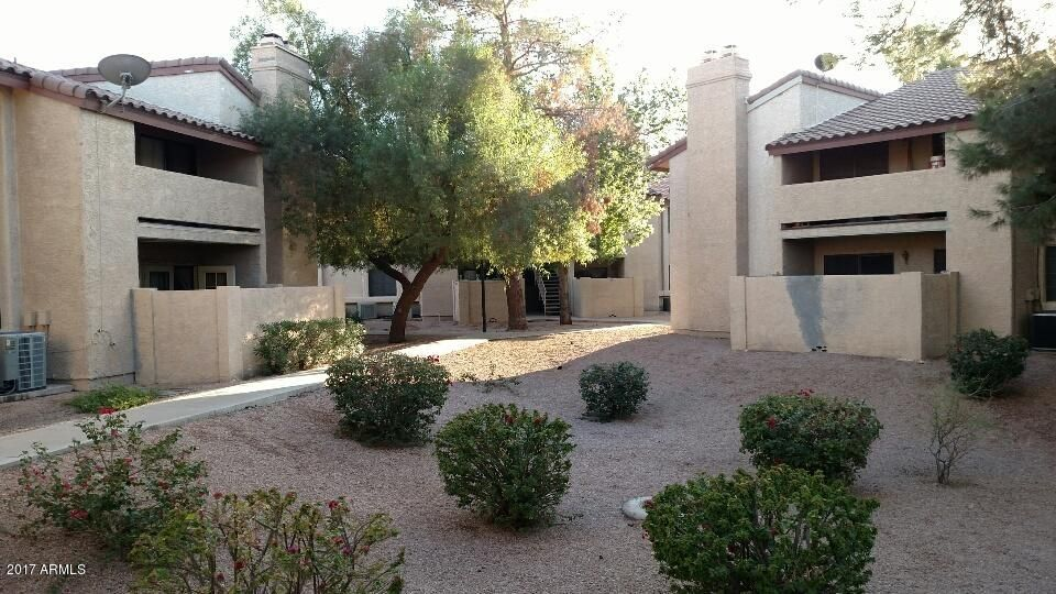 Photo of 533 W GUADALUPE Road #1052, Mesa, AZ 85210