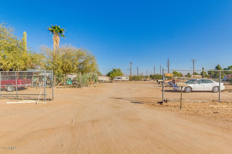 Photo of 45978 W MCDAVID Road, Maricopa, AZ 85139