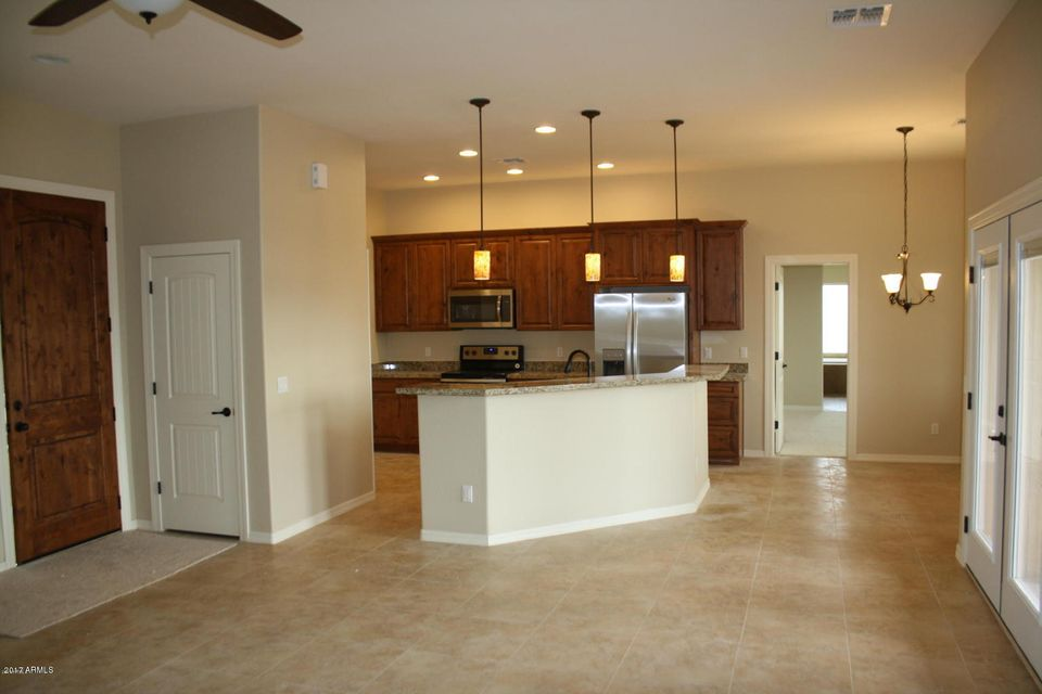 MLS 5700390 835 N TOMAHAWK Road, Apache Junction, AZ 85119 Apache Junction AZ Newly Built