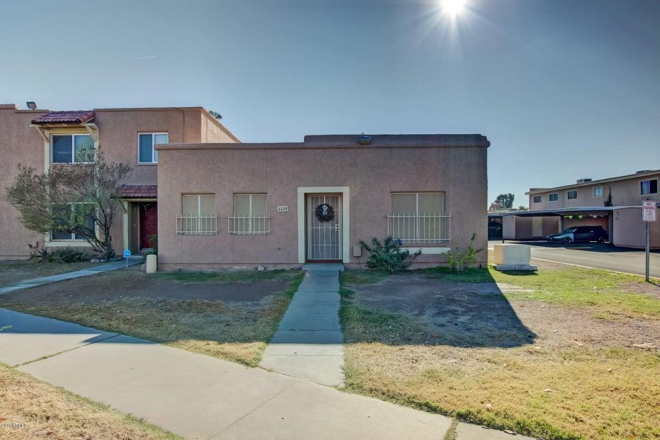 Photo of 3224 W ECHO Lane, Phoenix, AZ 85051