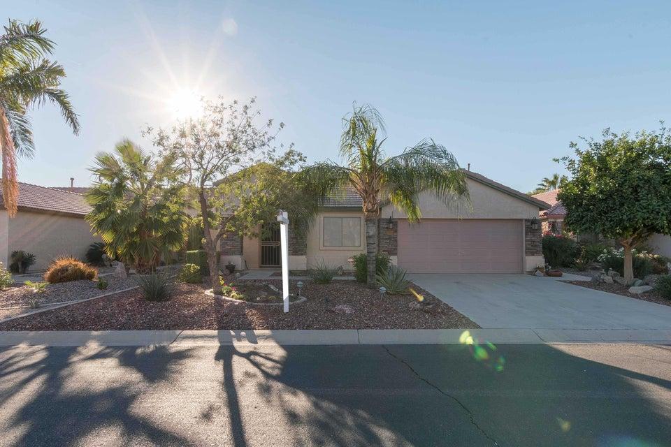 Photo of 30470 N ROYAL OAK Way, San Tan Valley, AZ 85143